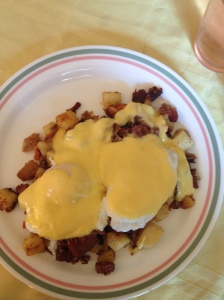 Irish Eggs Benedict: Poached eggs on corned beef hash with hollandaise sauce.  Nom.